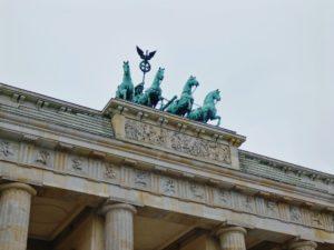 De lange reis naar Berlijn @ Kerkje Sandfirden